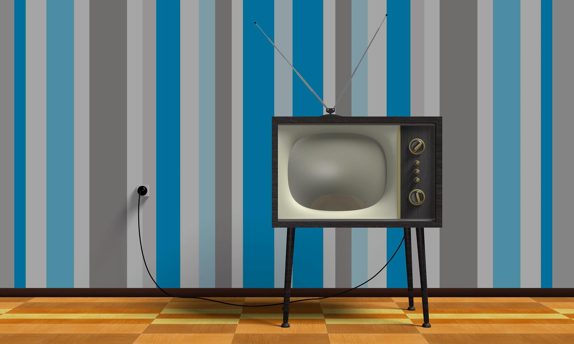 Strom mit Prämie - Strom sparen mit der richtigen TV Groeße